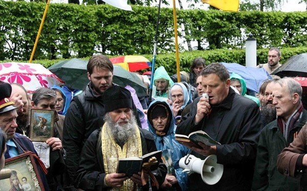 Церковь на Украине. Год достоинства накануне года мужества