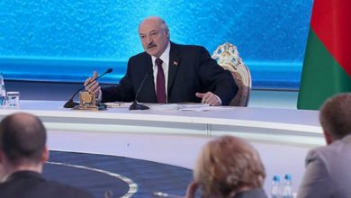 Photo of В Москве отказались комментировать заявление Лукашенко по Крыму