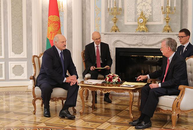 США уговаривают Белоруссию бояться «китайской угрозы»
