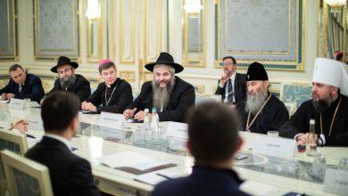 Photo of УПЦ и Президент — за мир, остальные — против